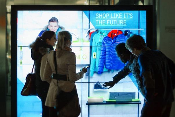 adidas: Das Schaufensterbummeln der Zukunft