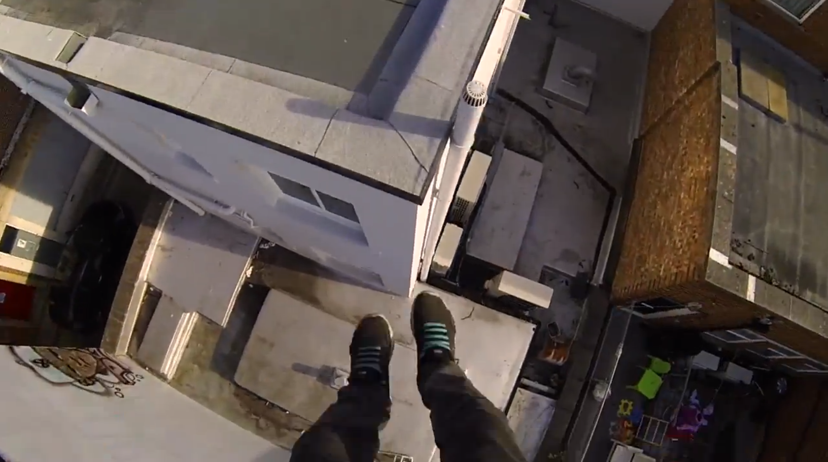 POV Rooftop Parkour in Southampton with James Kingston
