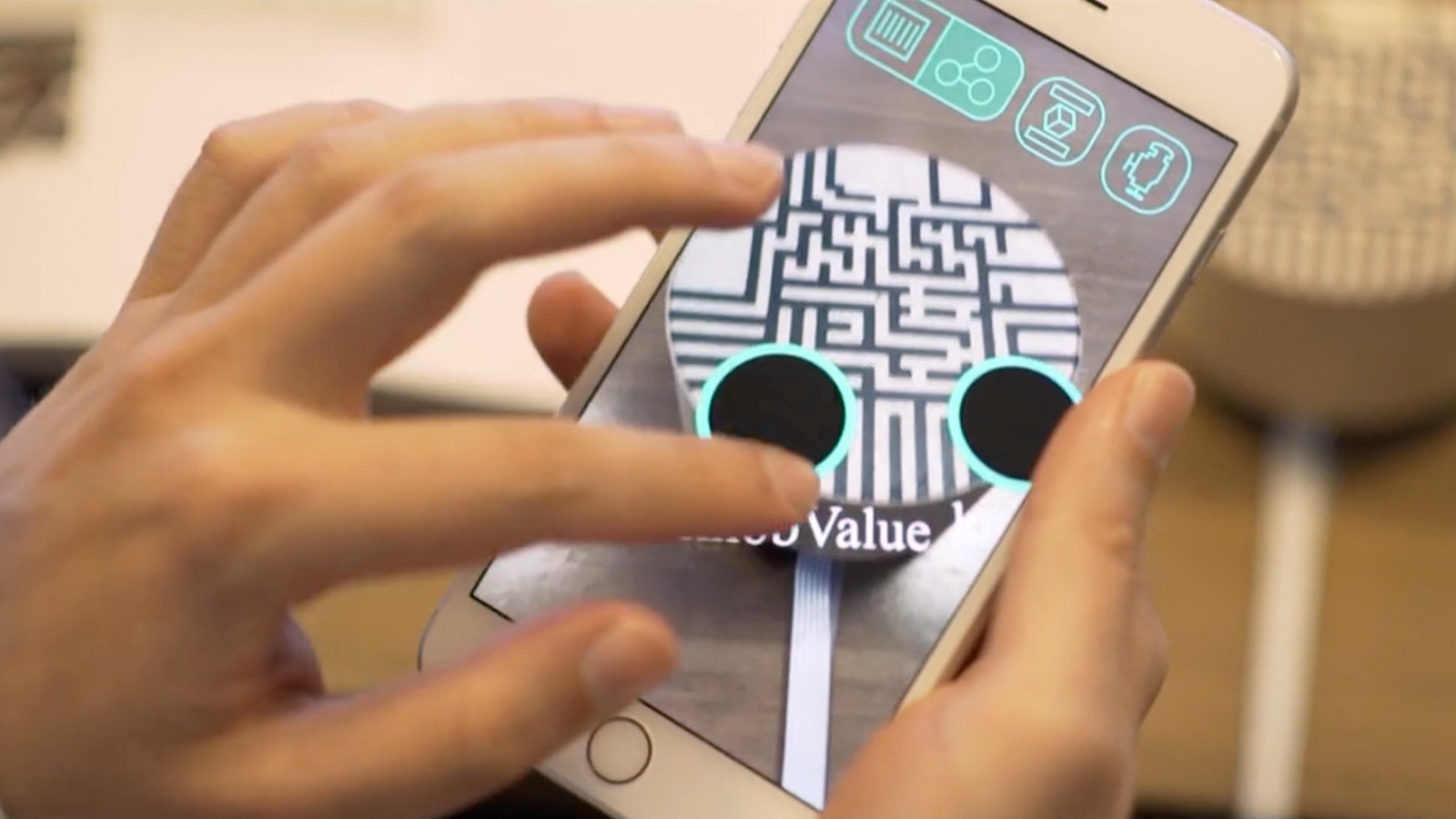 Reality Editor: Eine App die physische Gegenstände miteinander verbindet